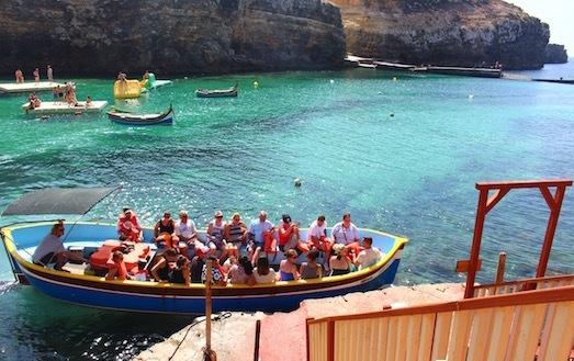 マルタ島ポパイ村のボート遊覧