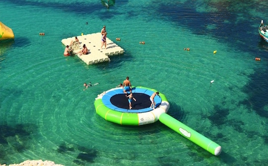マルタ島ポパイ村のマリンスポーツ